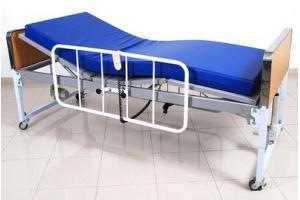 Cama hospitalar motorizada com elevação